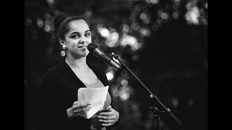 """Nina Rashid från nätverket """"Revolution Poetry"""". Foto: Cim Ek"""