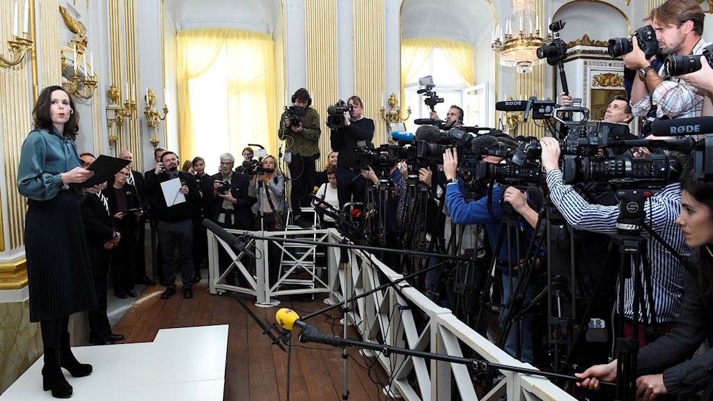 Sara Danius tillkännager Nobelpriset i litteratur.