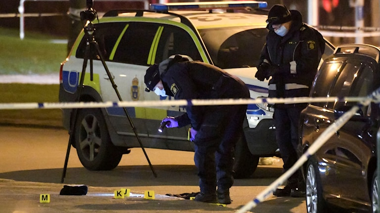 Malmö police investigating Sunday night's fatal shooting.
