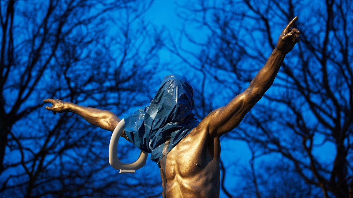 Zlatan Ibrahimovic statue in Malmö vandalised.