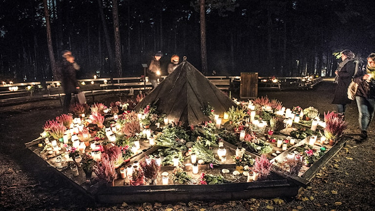 Thousands of candles will be lit in Swedish cemeteries.