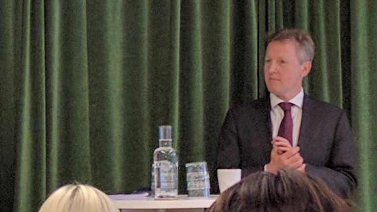 UK ambassador David Cairns
