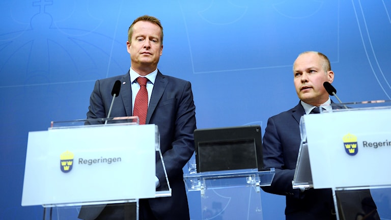 Ministers Anders Ygeman, left, and Morgan Johansson. Photo: Izabelle Nordfjell / TT.