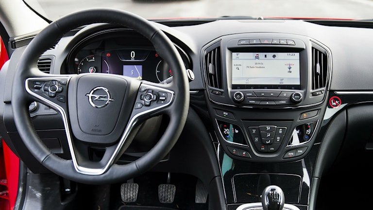Opel warns Swedish owners of steering problem - Radio Sweden