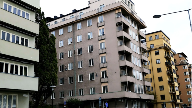 In Stockholm, Gothenburg and Malmö, mortgages are on average four times bigger than the household income. Photo: Hasse Holmberg/TT
