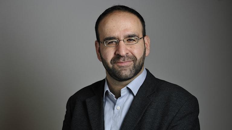 Bostadsminister Mehmet Kaplan. Photo: Henrik Montgomery / TT.