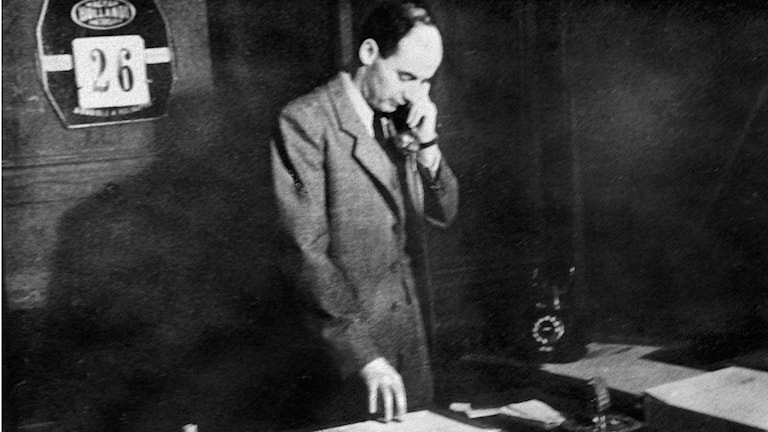 Raoul Wallenberg at his office in Budapest. File Photo: TT.