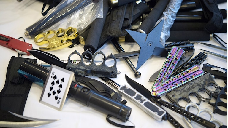 Weapons and drugs confiscated by Swedish Customs. File photo: Jessica Gow / TT