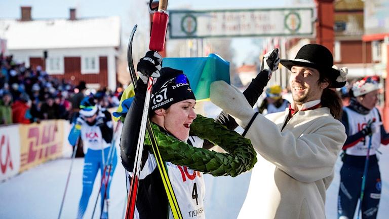Britta Norgren Johansson won the 2016 women's ski race Tjejvasan.