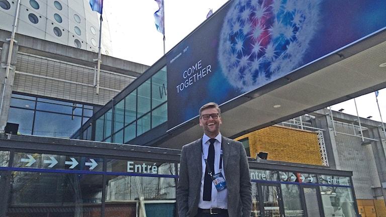 Stockholm City's Eurovision project manager Jesper Ackinger in front of the Globen arena. Photo: Ulla Engberg/SR