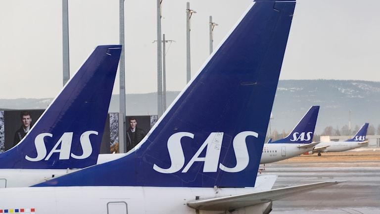 SAS planes.