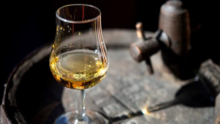 The study found that adding water to whisky enhances the taste.