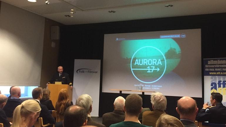 Major-General Bengt Andersson delivering a presentation about Aurora 17