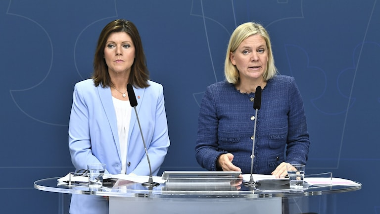 Labour Minister Eva Nordmark (S), and Finance Minister Magdalena Andersson (S).