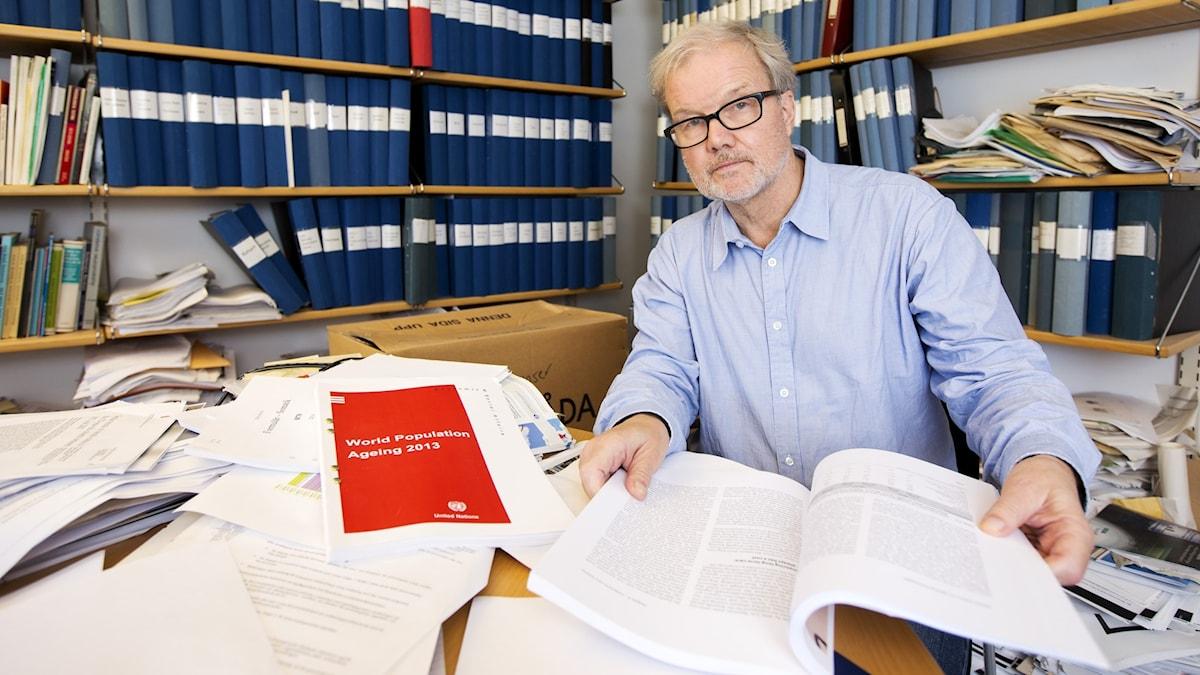 Ingemar Skoog in his office.