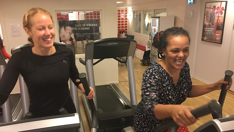 Fitness partners Anna Niregård, left, and Frewiniy Bzaye Belay, right, in Danderyd.