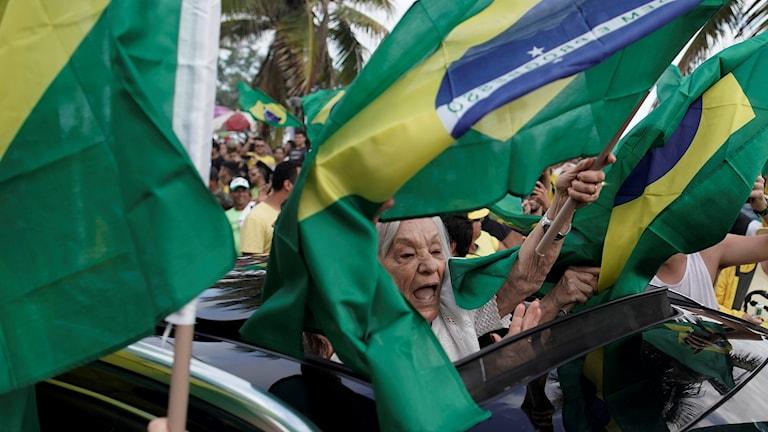 Crowd in Brazil celebrating result