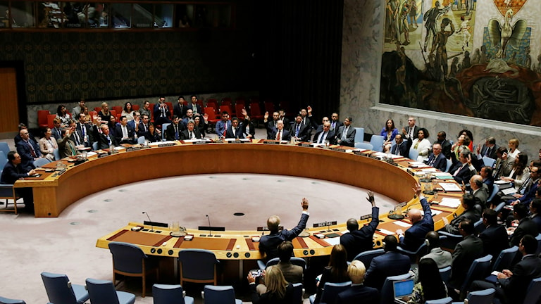 Sweden and other members of the UN Security Council vote to enact new sanctions against North Korea.