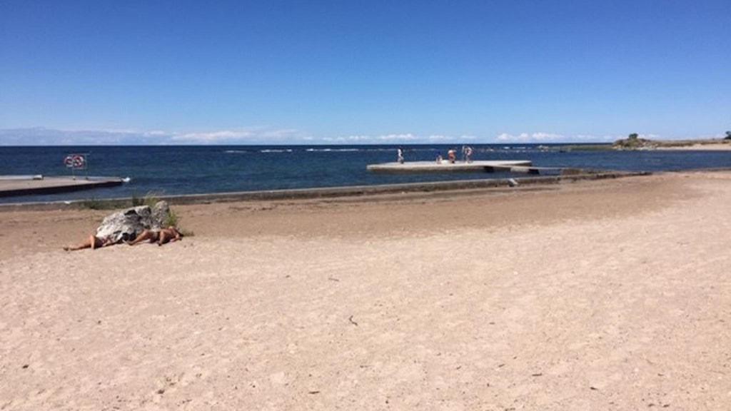 The beach Snäckvikens Bad outside Visby, Gotland.