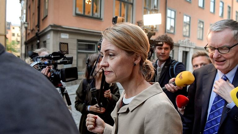 Jayne Svenungsson has now left the Swedish Academy.