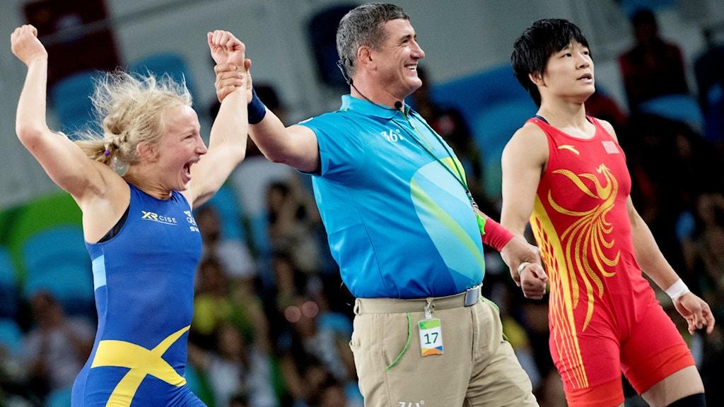Sofia Mattsson, left, celebrates her win on Thursday at the Olympic Games. Photo: Jessica Gow / TT.