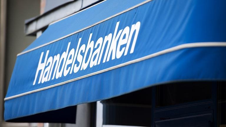 Close-up of a Handelsbanken awning.