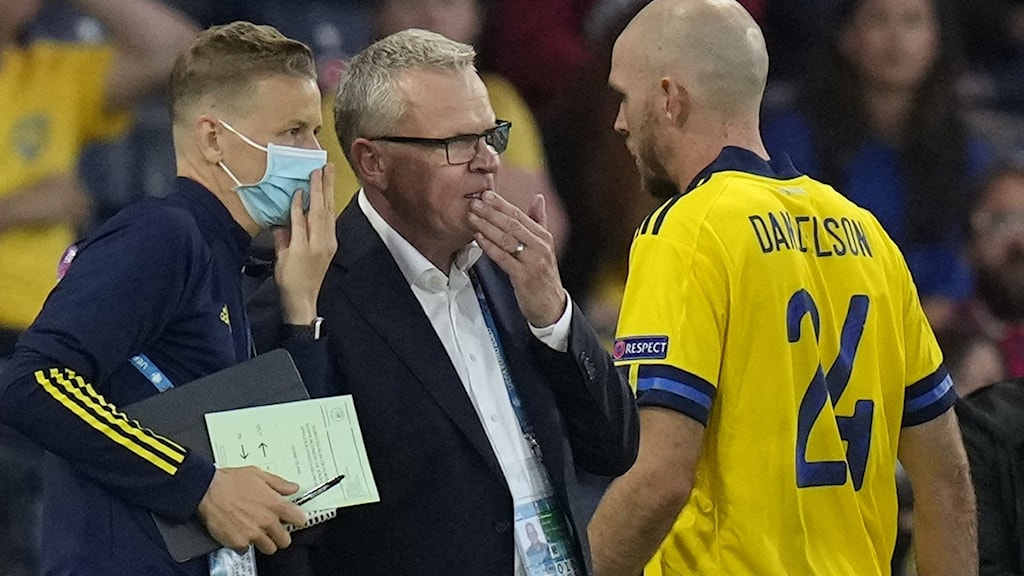 Sweden national team captain Janner Andersson talking to fotball player Marcus Danielsson