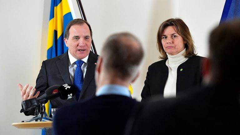 Stefan Löfven and Isabella Lövin at a press conference