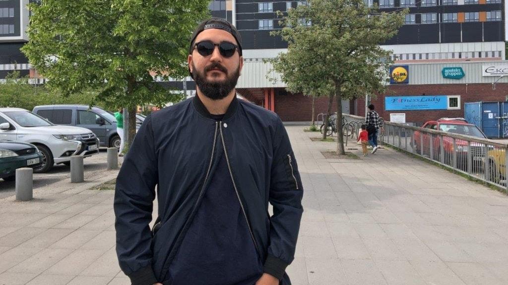 Radio Sweden spoke to Mardan Nanvazade in Fittja.