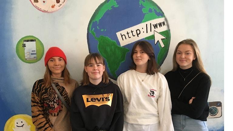 9th graders at Gärdesskolan.