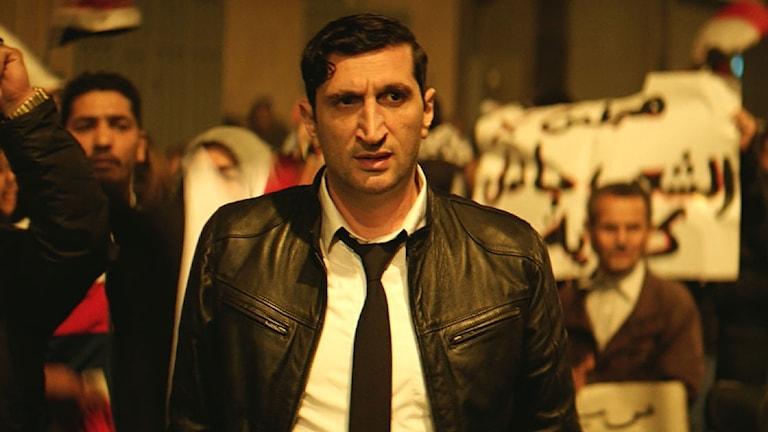 Fares Fares as police investigator Noredin in the film The Nile Hilton Incident.