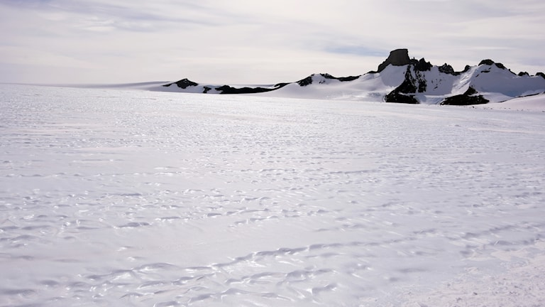 Scientists will drill down 3km to captures ice from one and a half million years ago.