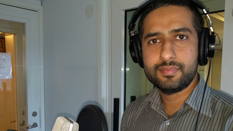 Tayyab Shabab in the Radio Sweden studio.