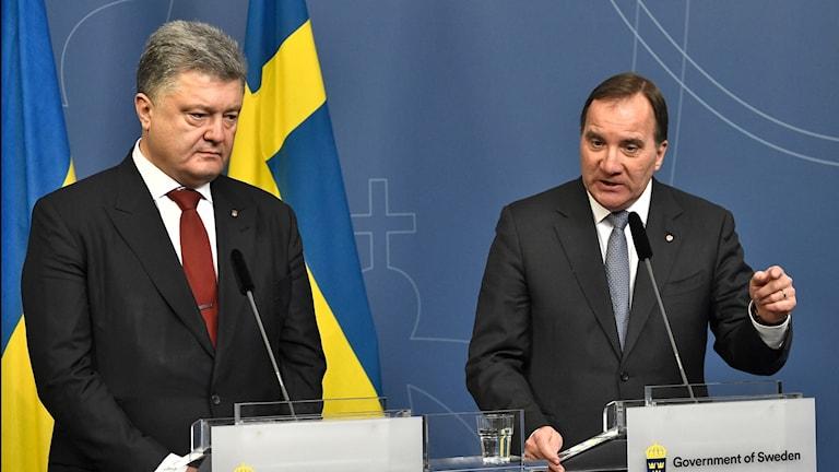 Ukrainian President Petro Poroshenko and Swedish Prime Minister Stefan Löfven.
