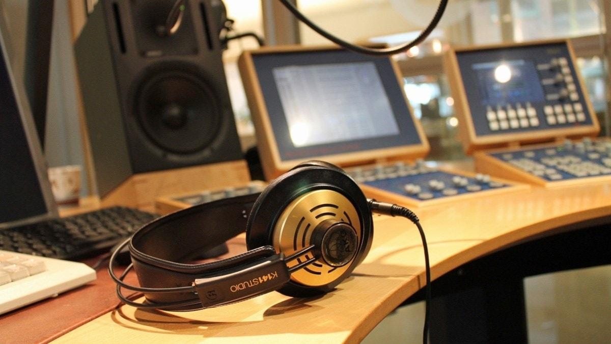 Hörlur, studio, mixerbord.