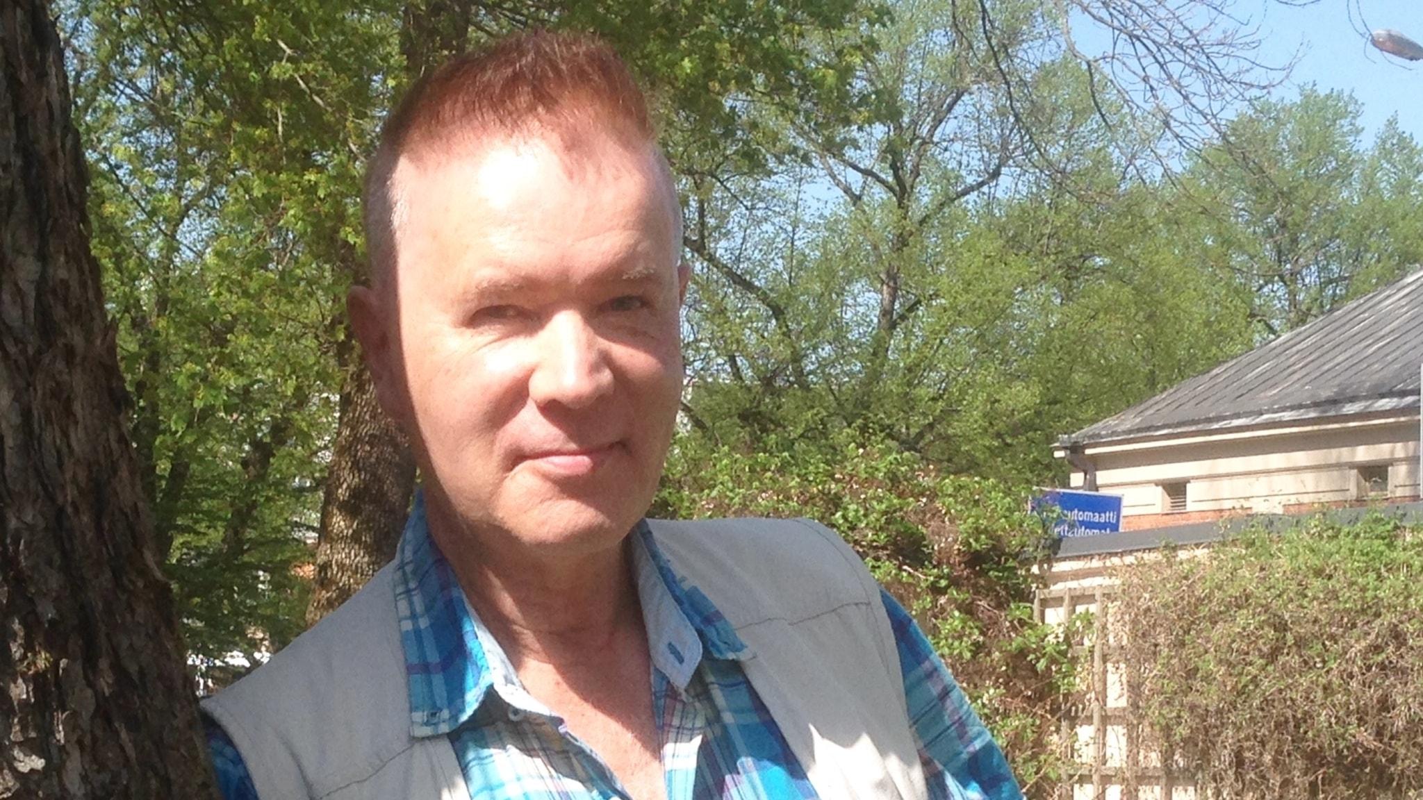 Aamun vieraana on Amerikan alkuperäiskulttuurien asiantuntija Juha Hiltunen