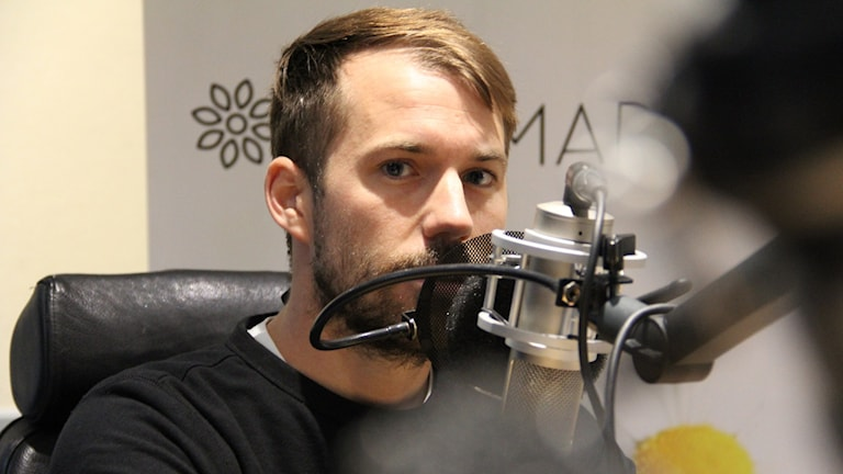 Daniel Poohl i Sommarstudion. Foto: Jonas Ekblom/Sveriges Radio