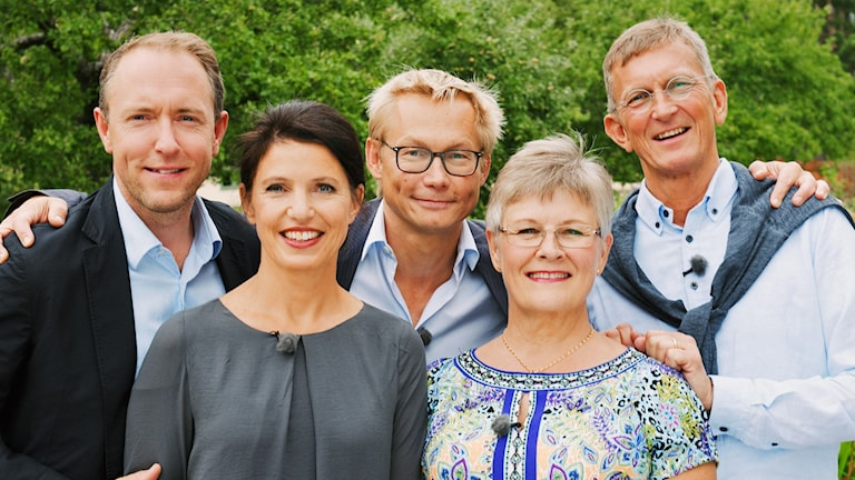 Sommarpratarna 3: Mattias Klum, Kristina Sandberg, Magnus Falkehed, Maud Olofsson och Tomas Sjödin. Foto: Hugo Thambert Media /SVT