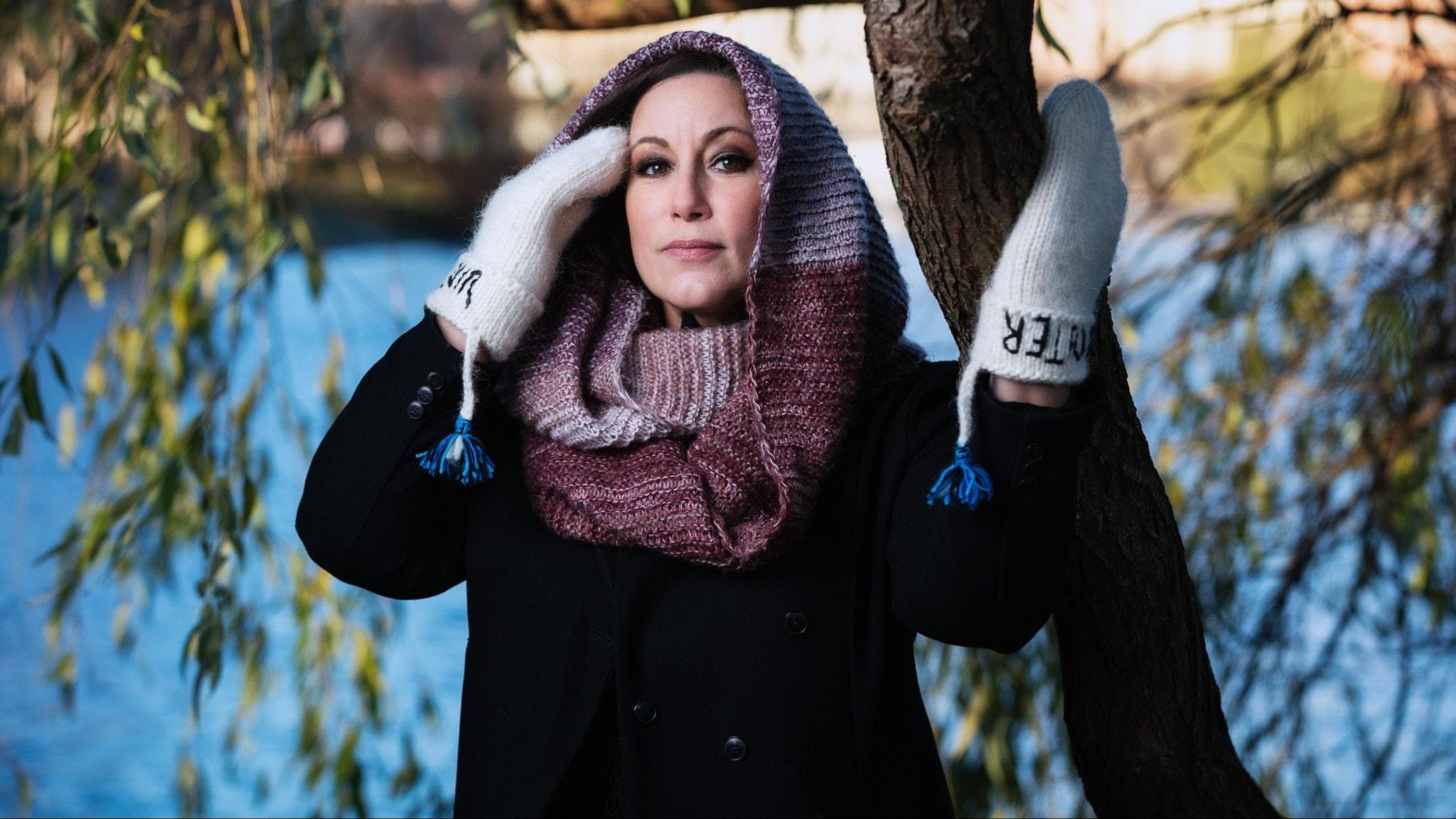 Lisa Nilsson, sångare och låtskrivare, är en av årets värdar i Vinter i P1