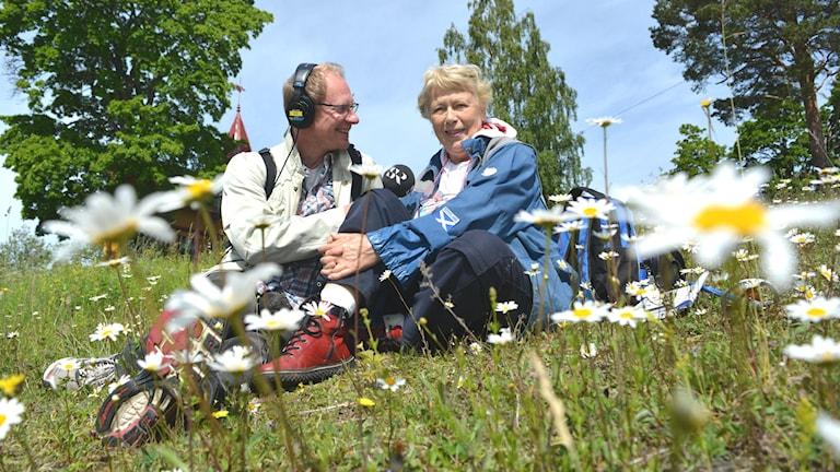 Böna blomsterbacke Joacim Lindwall och Berit Berglund