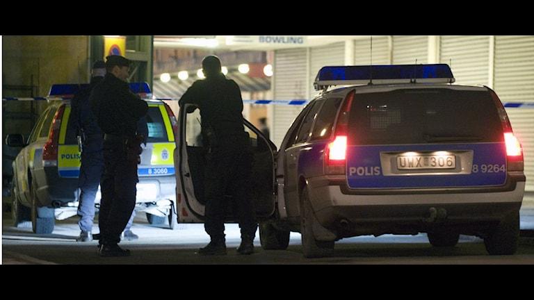 Полиция в Ринкебю. Фото: Johan Nilsson / SCANPIX