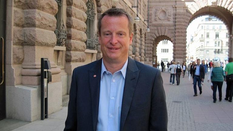 Министр внутренних дел Швеции обеспокоен информационной безопасностью страны