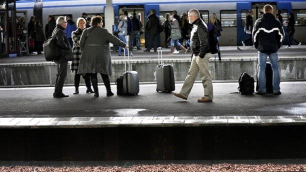 В Стокгольме опять стоят поезда