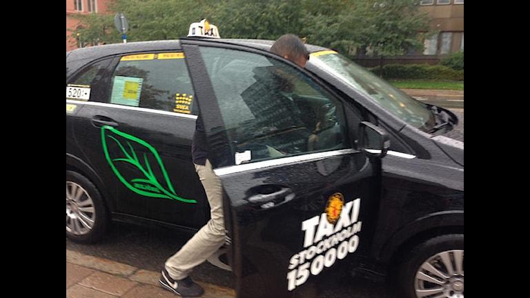 Шведы будут наперед знать, почем такси