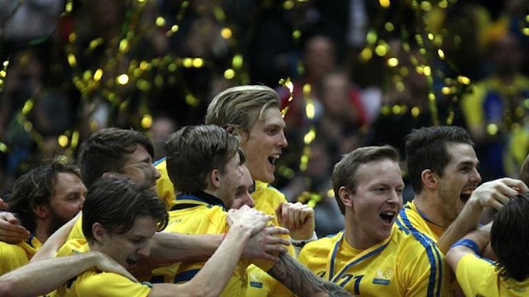 Победители. В центре - Ким Нильссон. Фото: SR