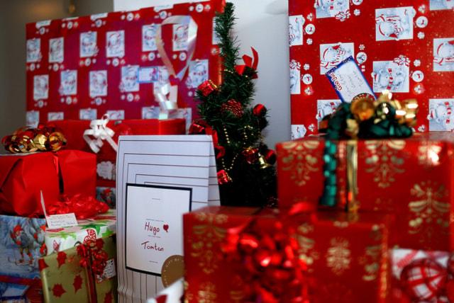 Шведы покупают рождественских подарков на миллиарды