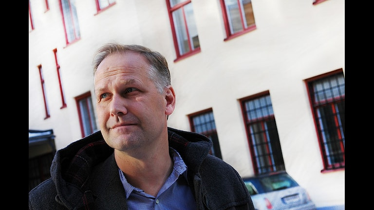 Лидер Левой партии призвал поставить памятник шведам, эмигрировавшим в СССР