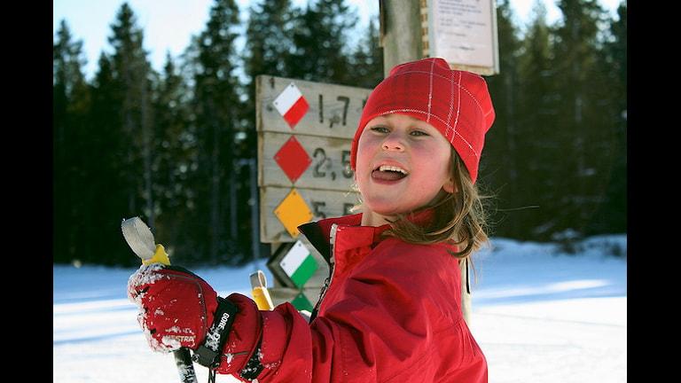 девочка-лыжница