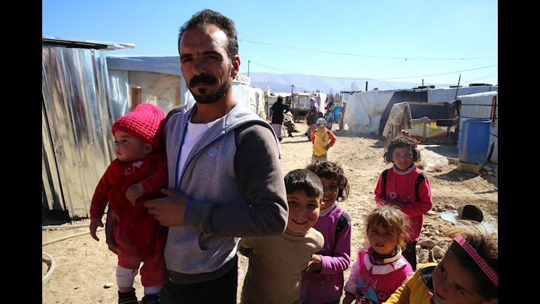 Семья сирийских беженцев в Ливане. Фото: Шведский Красный крест/Flickr