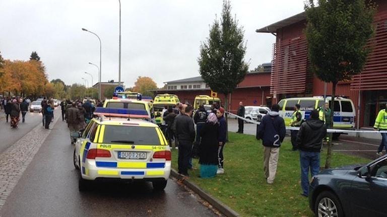 Нападение в шведской школе, учитель и ребенок скончались